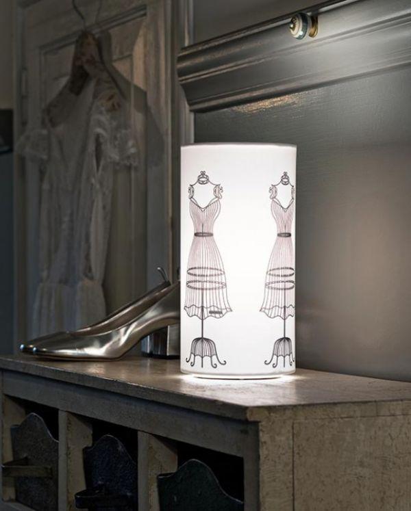 icon-co-mannequin-lampada-da-comodino-bianco-578x72092271265-EE64-90BA-B265-5E2F9AF3801A.jpg
