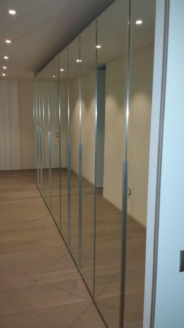 armadio-a-specchio-3E6BB24A9-4D12-C6B8-6E8B-B7C9893231D9.jpg